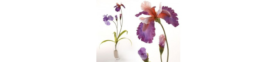 Flor artificial y complementos
